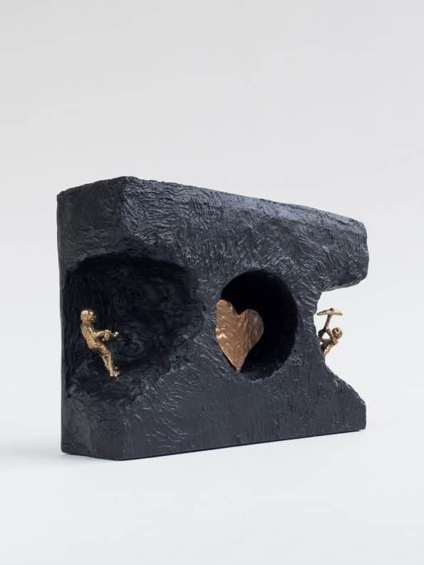 FINDE IND TIL KÆRLIGHEDEN - ægte bronze