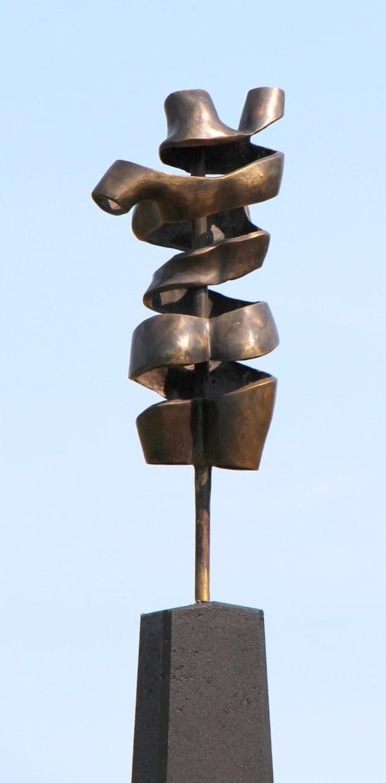 TURNING TORSO I - ægte bronze