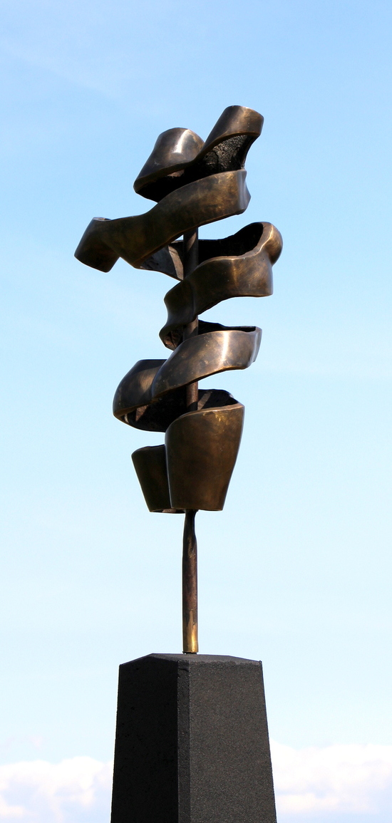 TURNING TORSO I - ægte bronze