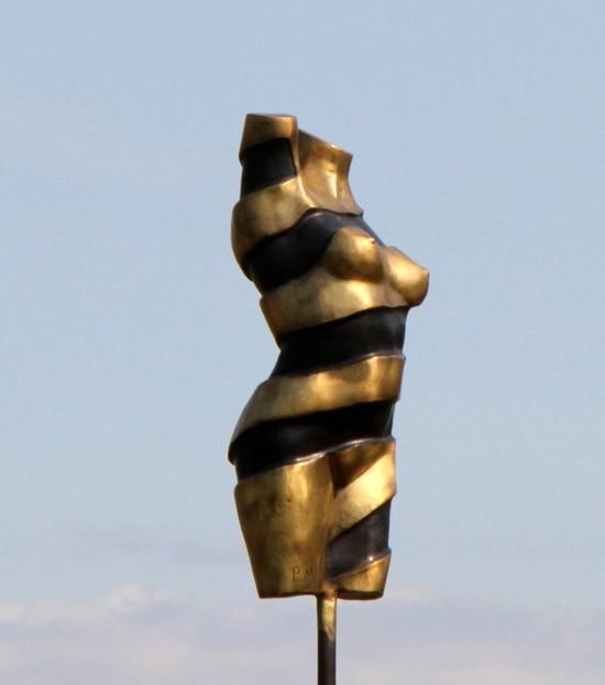 TURNING TORSO III - ægte bronze
