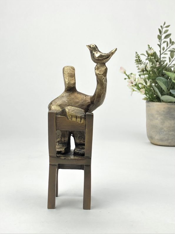 ÉN FUGL I HÅNDEN - ægte bronze
